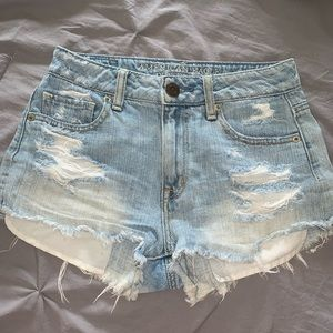 High rise denim shorts 🦋